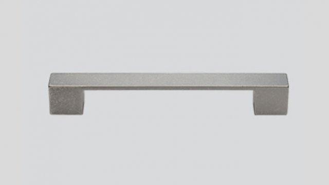 056 Металлическая ручка